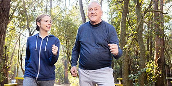 Oper-und-Enkel-joggen_600x300.jpg